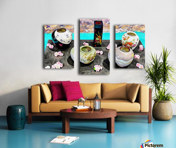 Japanese Vase Display Canvas print