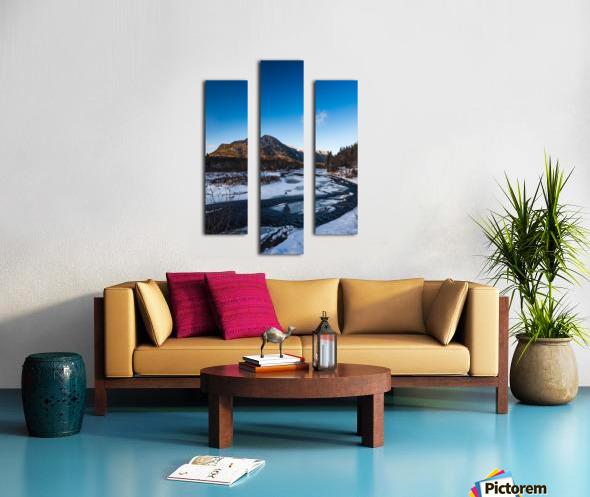 Blue freeze Canvas print