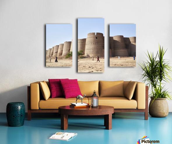 The majestic Derawar Fort in Pakistan Canvas print