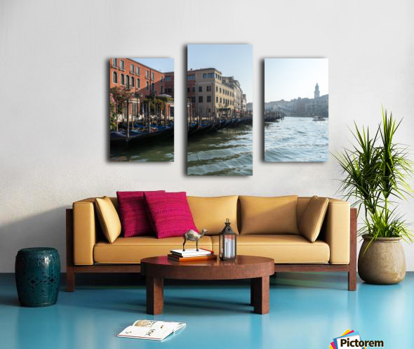 Classic Venetian - Glossy Gondolas And Ripples On The Grand Canal Canvas print