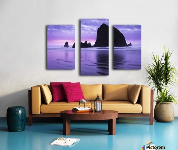 The 1 minute color gap Canvas print