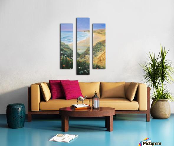 Ocean Shore Through The Hills Canvas print
