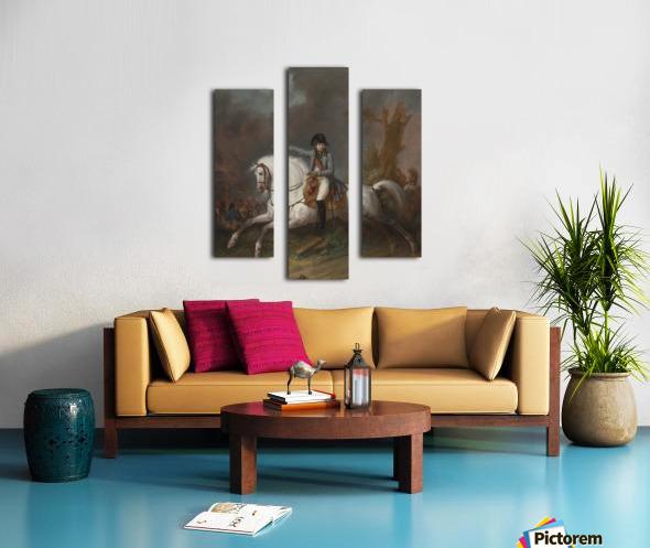 Un portrait equestre de l'empereur Napoleon avec une bataille au dela Canvas print