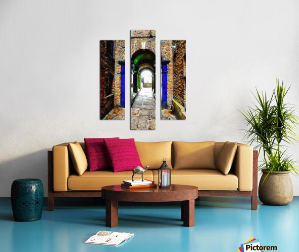 Linking Shad Thames with the River Thames Canvas print