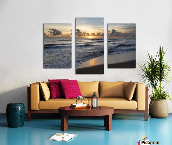 Sunrise Golden Canvas print