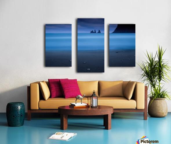 Blue night 2 Canvas print