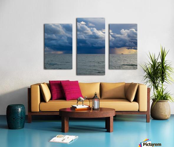 T Storm ap 2431 Canvas print