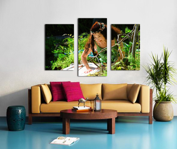 THE TINY MESSENGER  collection 3-4 Canvas print