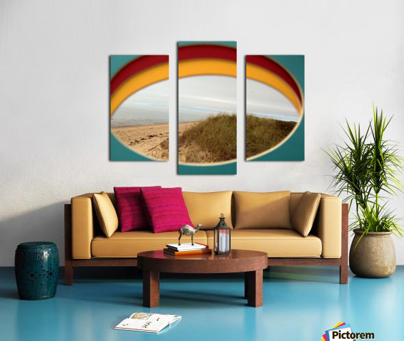 Absorbed-in-Ocean Canvas print