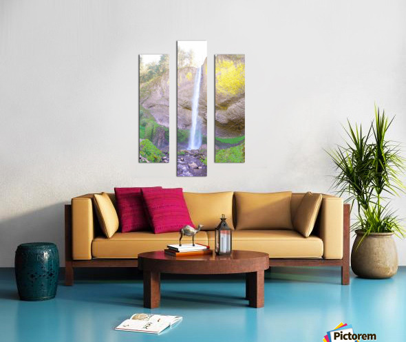 Majestic Falls in the Gorge   Columbia River Oregon Canvas print