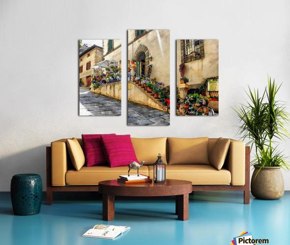 Floral Display Cortona Canvas print