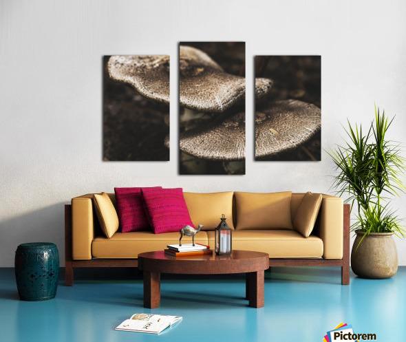 Petit couple au sous bois - Little couple in the underwoods Canvas print
