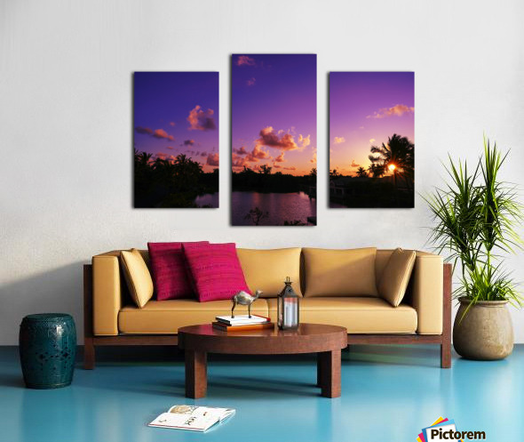 Sunrise over the Lagoon in Kauai Canvas print