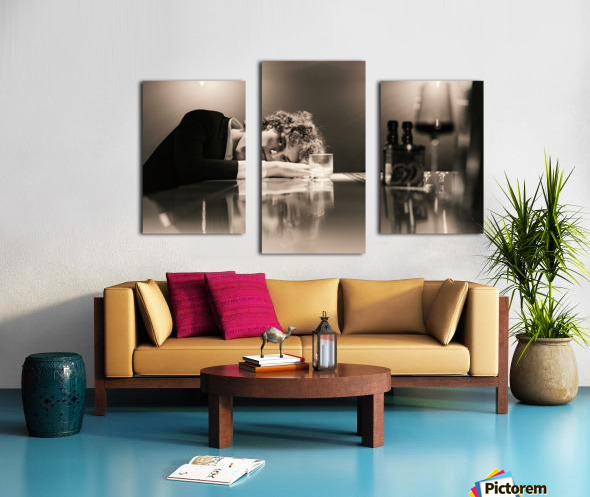 Urban Loneliness - A Lonely Evening Canvas print