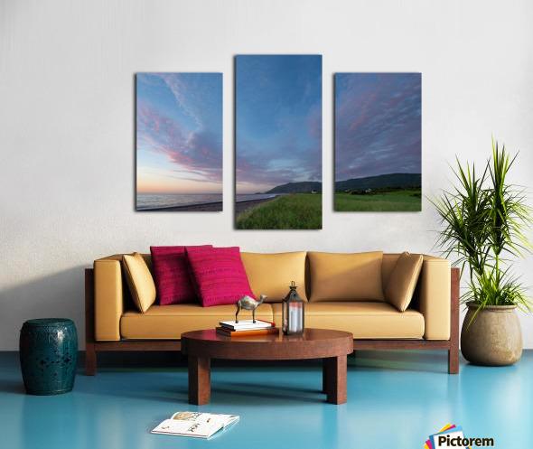 Seeking Glory Canvas print