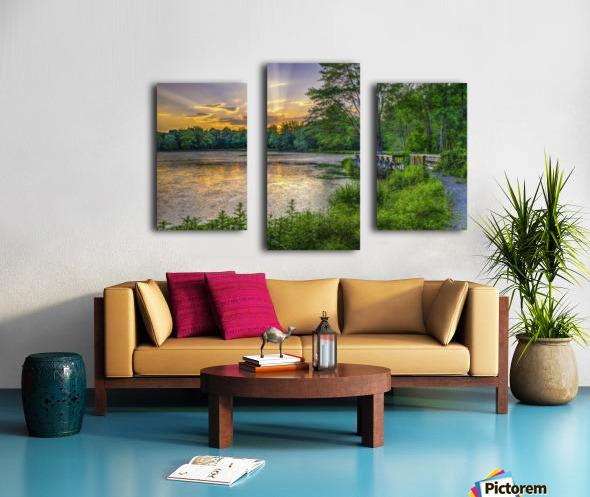 Lakeside sunset; Bushkill, Pennsylvania, United States of America Canvas print