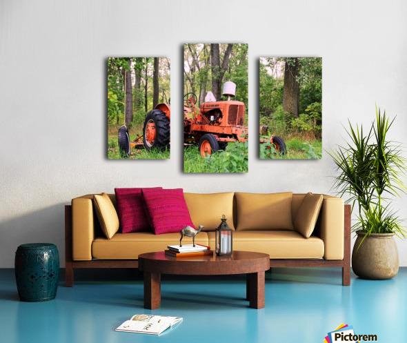 Vintage Tractor Canvas print