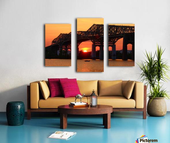 Champlain Bridge sunset Canvas print