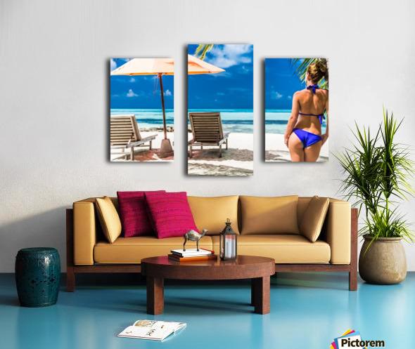 woman in bikini under palm on sea background Canvas print