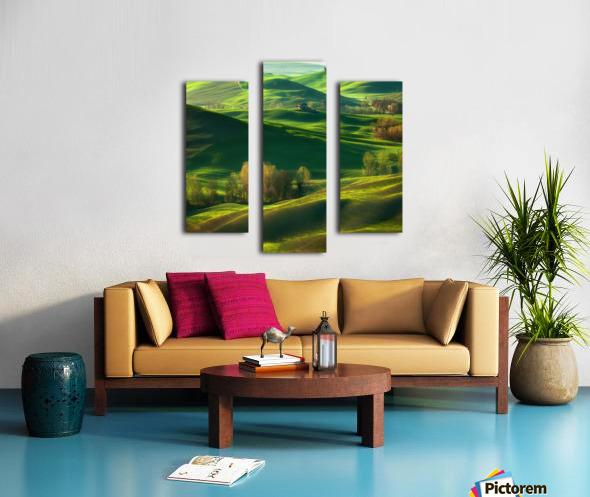 Valley... Canvas print