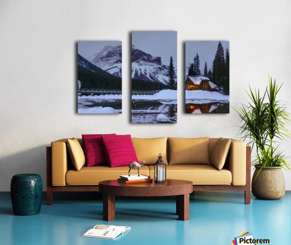 Emerald Lake Lodge Canvas print