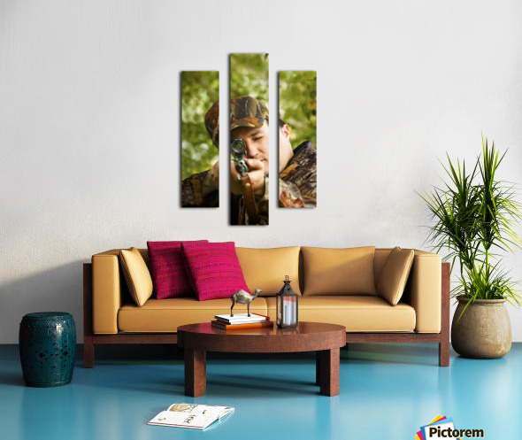 Man Hunting Canvas print