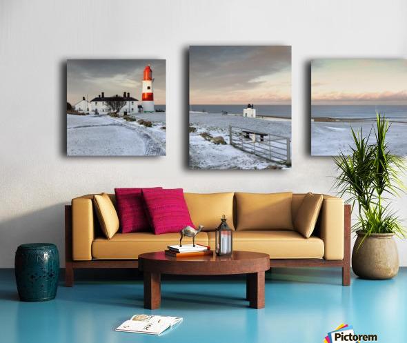 South Shields, Tyne And Wear, England; A Lighthouse And House Along The Coast Canvas print
