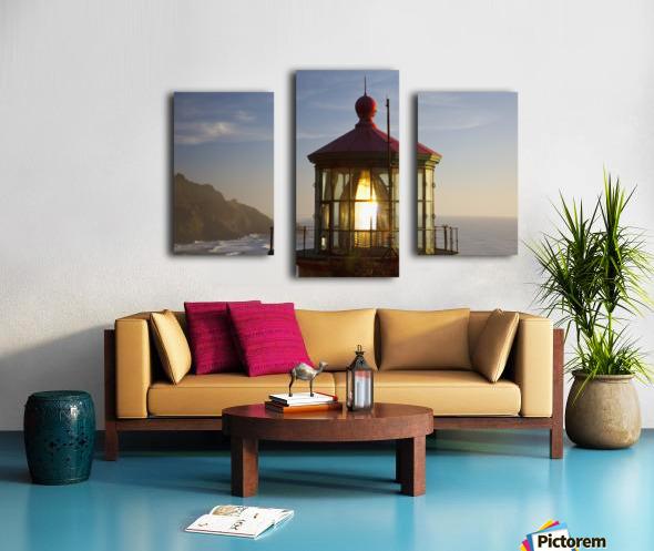 Heceta Head Lighthouse Along The Oregon Coast; Florence, Oregon, United States Of America Canvas print