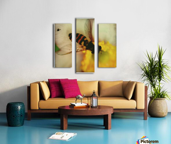 Bee-ing Canvas print