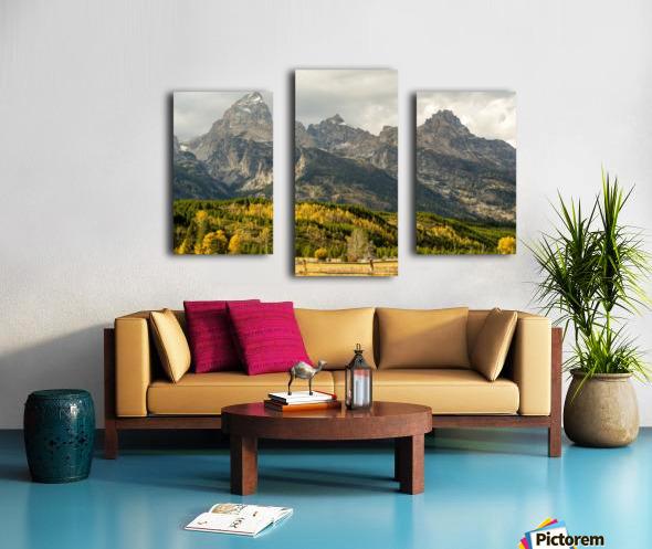 Grand Teton range in autumn, Grand Teton National Park; Wyoming, United States of America Canvas print
