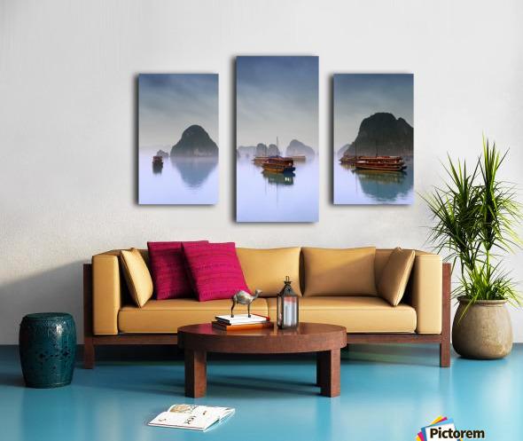 Hotel Junks, Halong Bay, Vietnam Canvas print