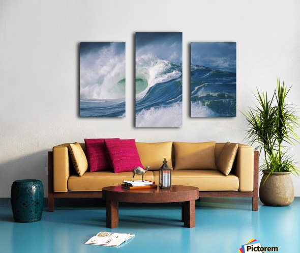 Turbulent Shorebreak Waves With Whitewash. Canvas print