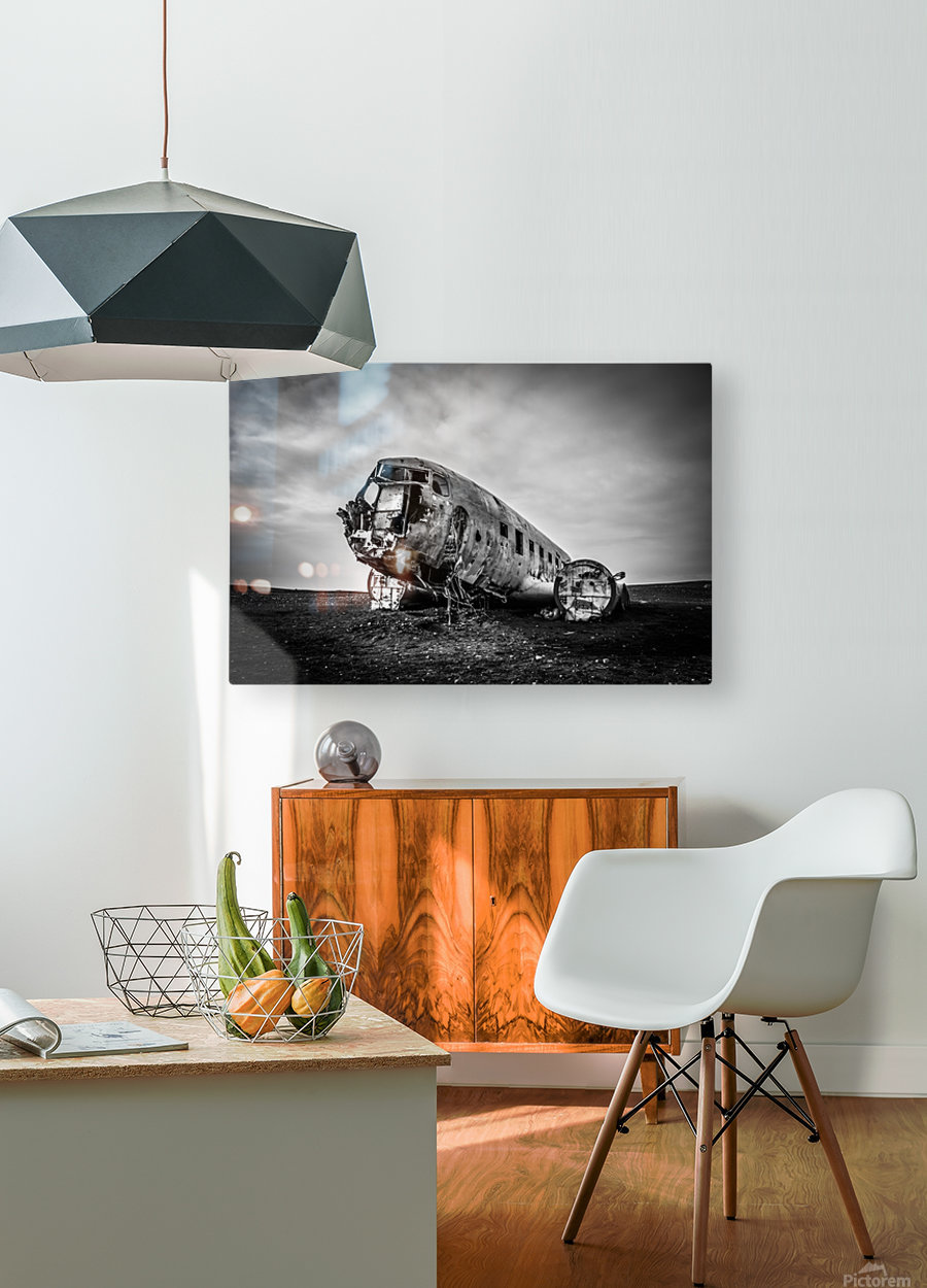 Plane wreck B&W  HD Metal print with Floating Frame on Back