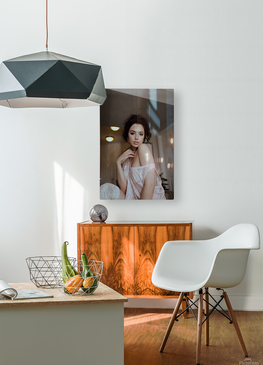 Lunette  HD Metal print with Floating Frame on Back
