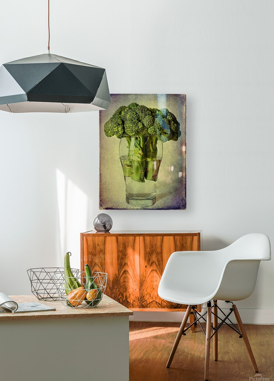 In a glass  HD Metal print with Floating Frame on Back