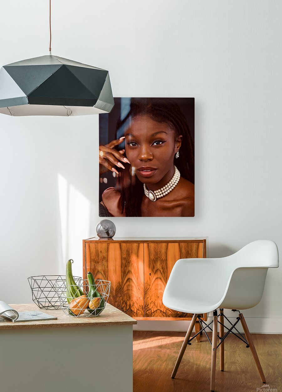Headshot  HD Metal print with Floating Frame on Back