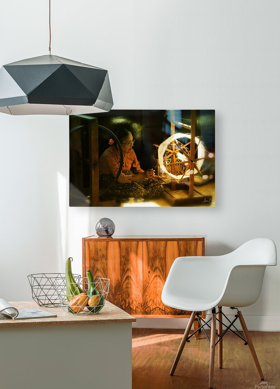Silk  HD Metal print with Floating Frame on Back