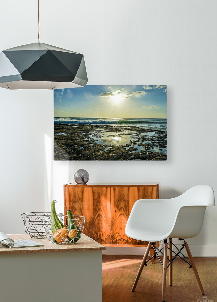 Waves Breaking on the Sea Shore   Hawaii  HD Metal print with Floating Frame on Back