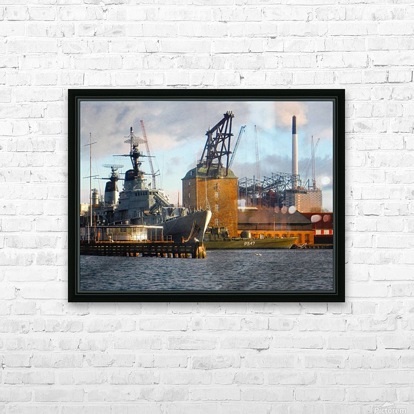 Ships at Holmen HD Sublimation Metal print with Decorating Float Frame (BOX)