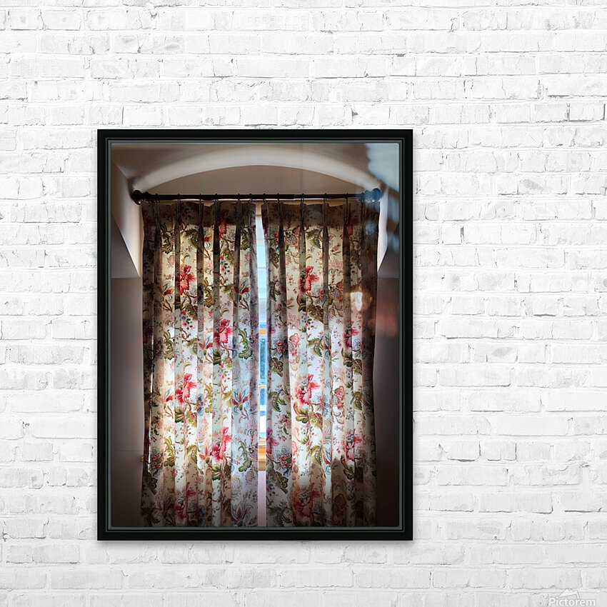 Curtain Call HD Sublimation Metal print with Decorating Float Frame (BOX)