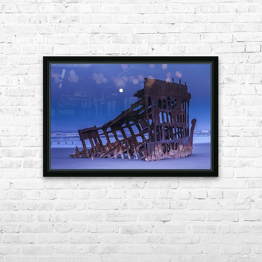 The moon sets over the wreck of the Peter Iredale; Oregon, United States of America HD Sublimation Metal print with Decorating Float Frame (BOX)