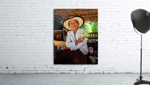 Thai Grandma