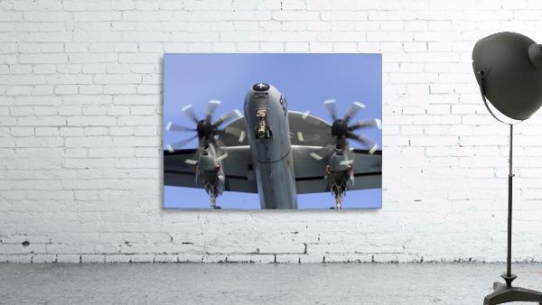 An E-2C Hawkeye prepares for landing.