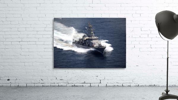 The cyclone-class coastal patrol ship USS Firebolt transits the Arabian Gulf.