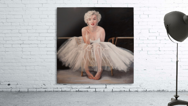 Marilyn in white ballet dress 1