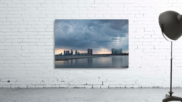 City at Ontario Lake