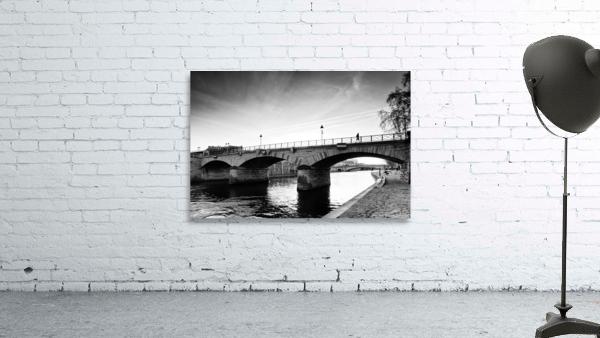 Archeveche bridge
