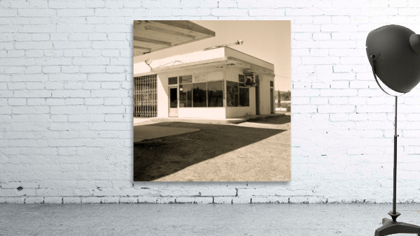 Urban Loneliness - The Gas Station