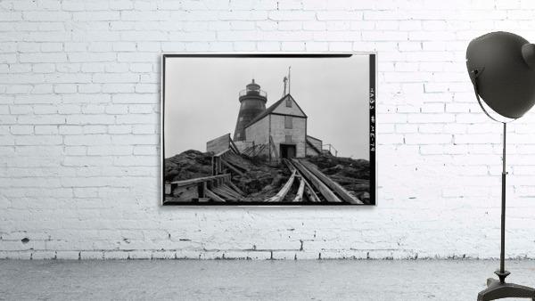 Saddleback-Ledge-Lighthouse-Maine