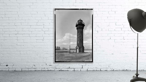 Welfare-Island-Lighthouse-NY